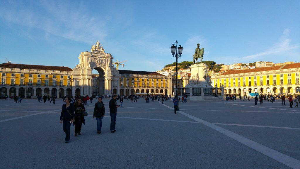 Plac pałacowy