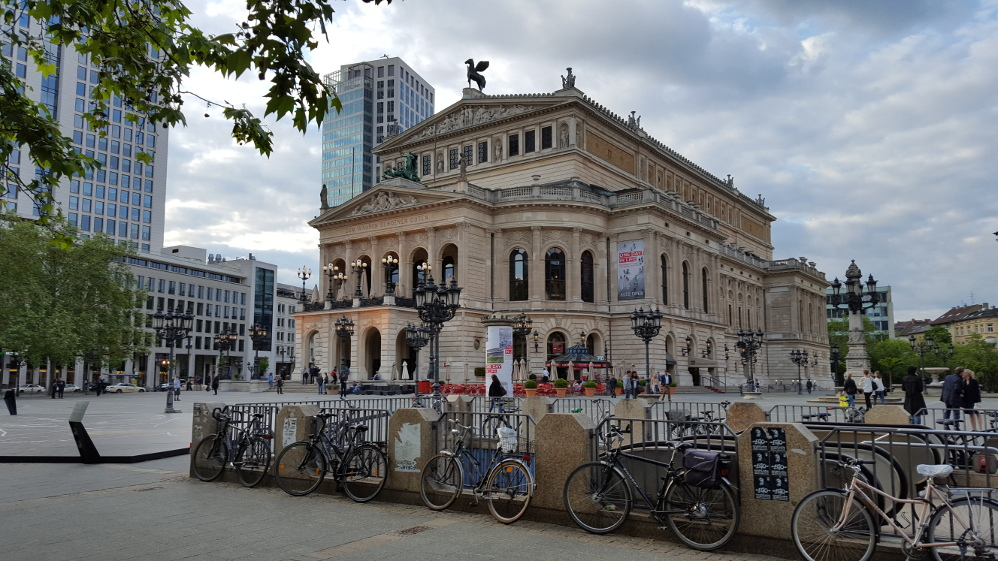 Frankfurt- oszukana metropolia cz.[1]