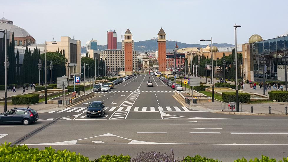 Jak nie być typowym turystą w Barcelonie